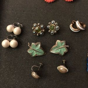 Vintage clip earrings (6)